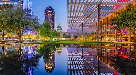 Dallas, Texas, USA downtown cityscape at twilight