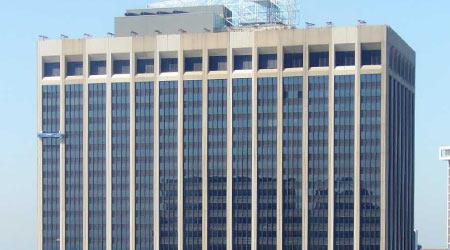 Largest Skyscraper On Manhattan's Waterfront Gets Restored