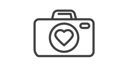 Photo camera with heart line icon