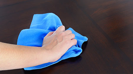 Comparing Microfiber To Traditional Cloths