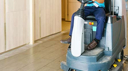 Riding Commercial Floor Cleaners