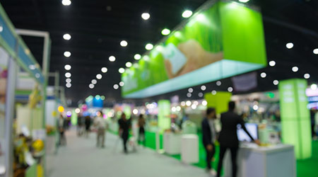 Abstract, blurred out trade show